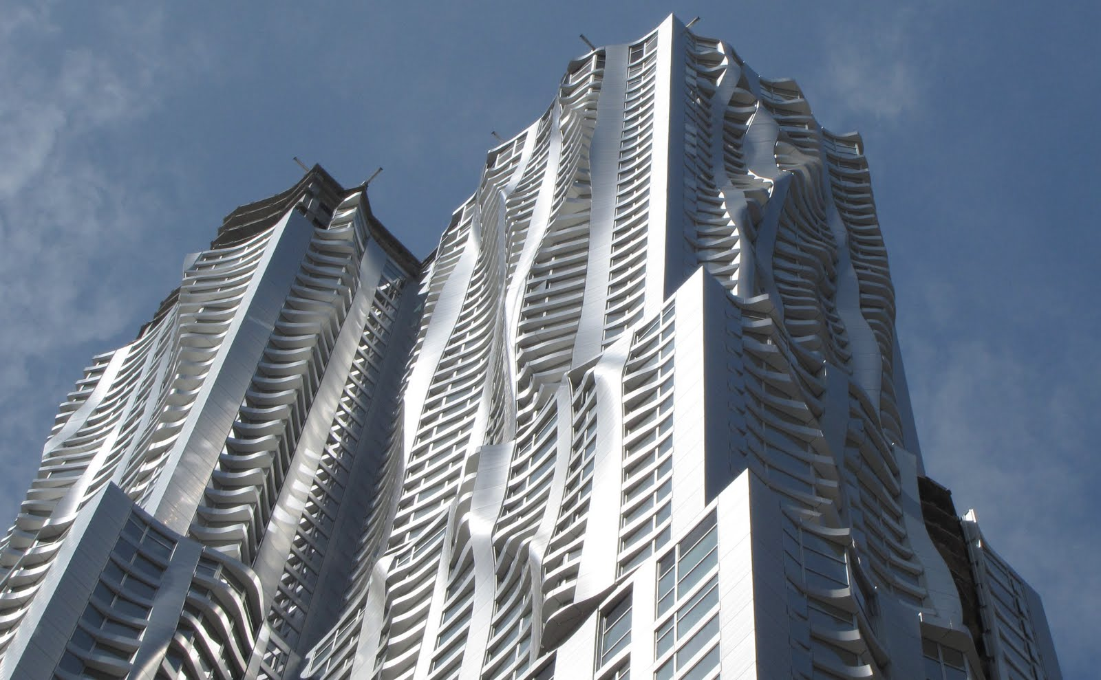 Frank gehry building in las vegas about to have a big for New york architettura contemporanea