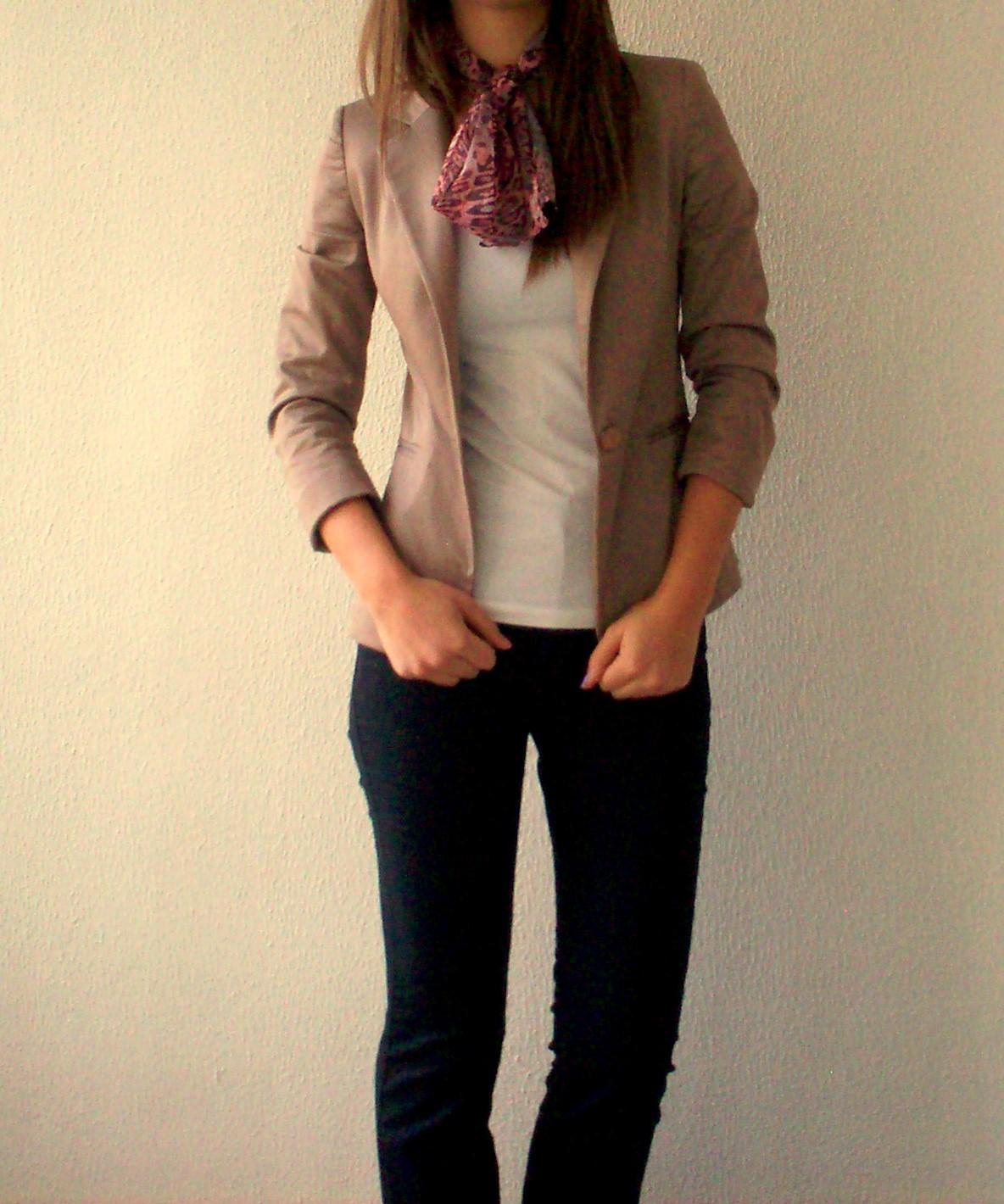 İş görüşmesinde nasıl giyinilmeli