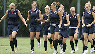 us women's soccer team photo