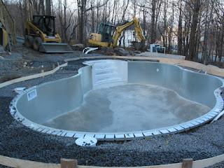 Ma piscine moi piscine creus e acier vs r sine for Prix piscine creusee