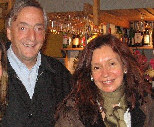 http://1.bp.blogspot.com/_tA33gQyi2mU/SQeZ4A-PGCI/AAAAAAAAA8U/KUjPET75zEc/s1600/Cristina+Kirchner.jpg
