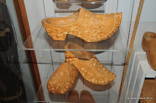 Marken wedding clogs Klompen