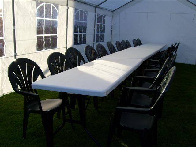 Verhuur van tafels en stoelen verhuur verkoop for Verhuur tafels