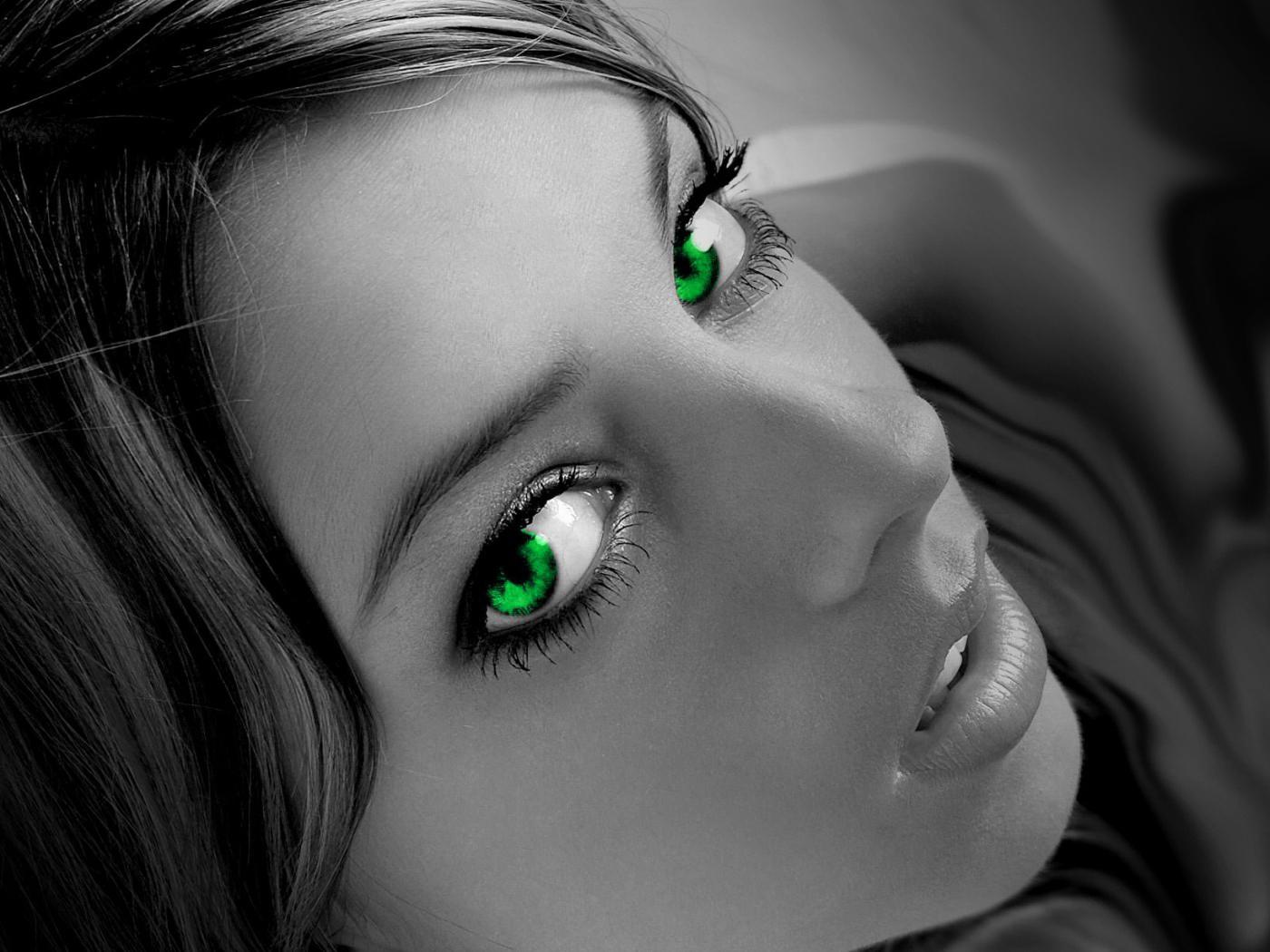 http://1.bp.blogspot.com/_tBmBPtiKwYA/TRLAgxVG3cI/AAAAAAAAABU/-3P2zSPvULU/s1600/girl2.jpg