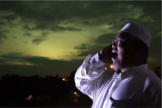 Rahasia Adzan Subuh [ www.BlogApaAja.com ]