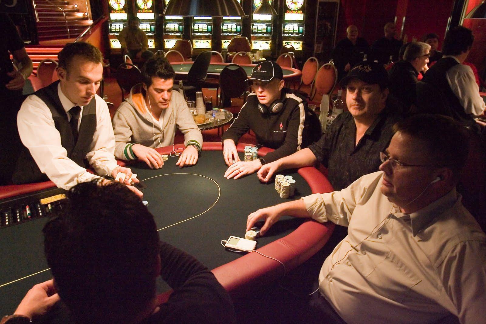 Jugar poker en internet