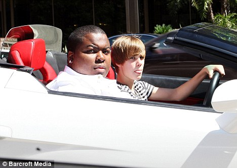 Cruising: Justin Bieber drove fellow singer Sean Kingston to get some frozen ...