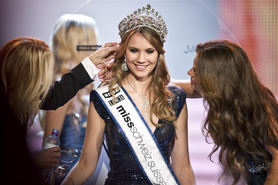 Miss+Switzerland+Kerstin+Cook+Miss+Switzerland+2010+beauty+pageant+9.jpg
