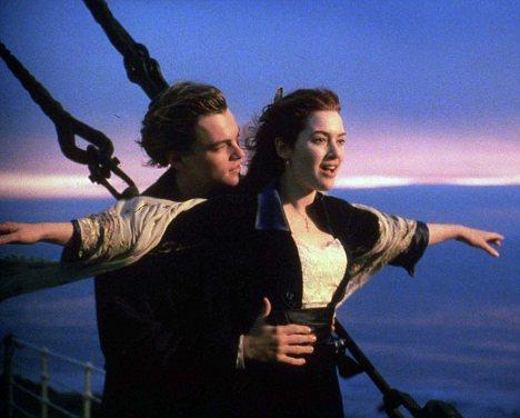 kate winslet titanic posing