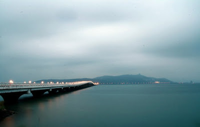 Taihu Lake Bridge