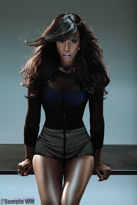 Milelong legs a true flat stomach and gorgeous skin Kelly Rowland stuns in