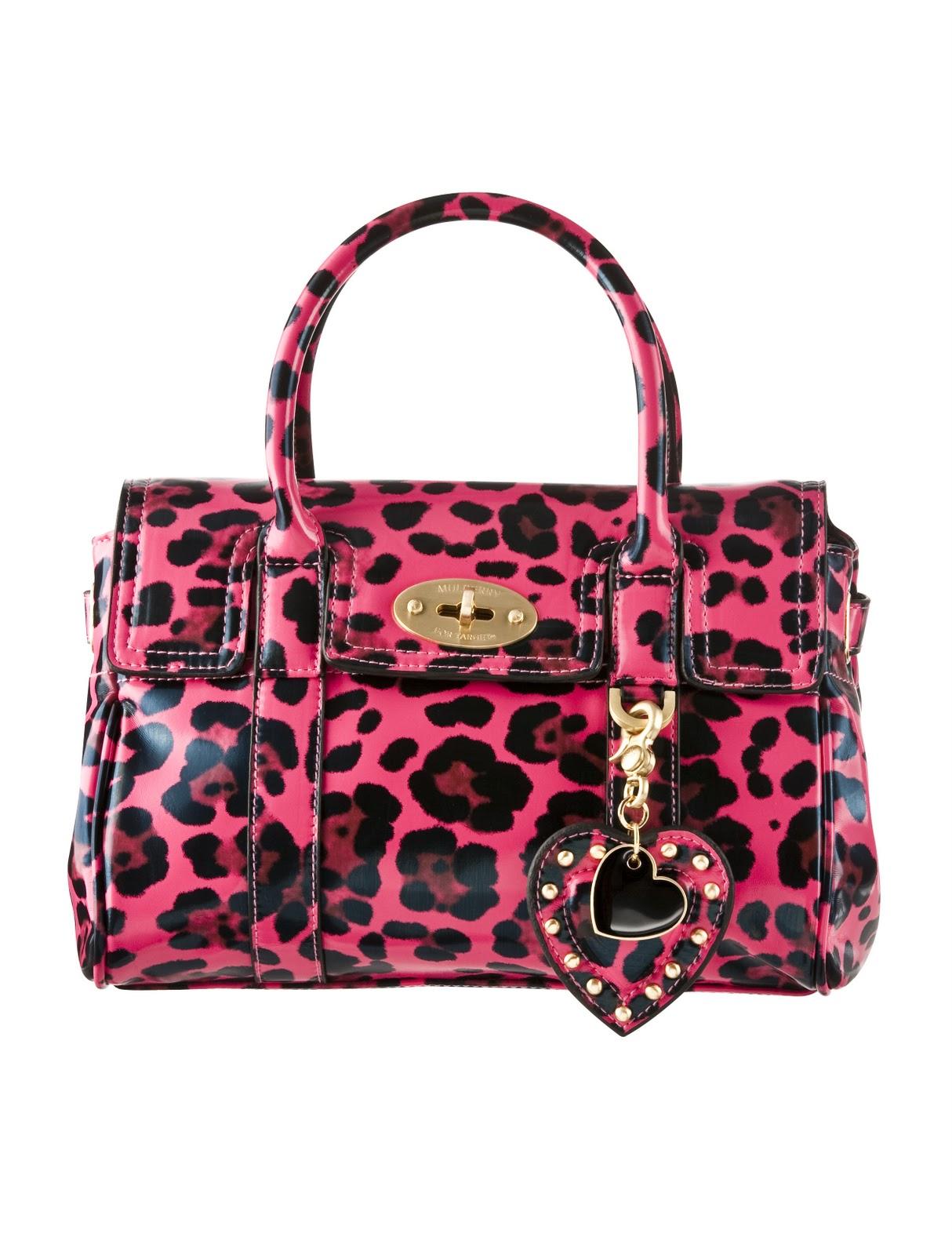 http://1.bp.blogspot.com/_tHQ1gA2brsc/TK-l2lciL6I/AAAAAAAAGYI/8xojzERgX84/s1600/Mulberry+for+Target+Look+06+b.jpg