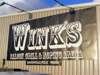 todo padre: Winks Saloon in Brownsville, Texas