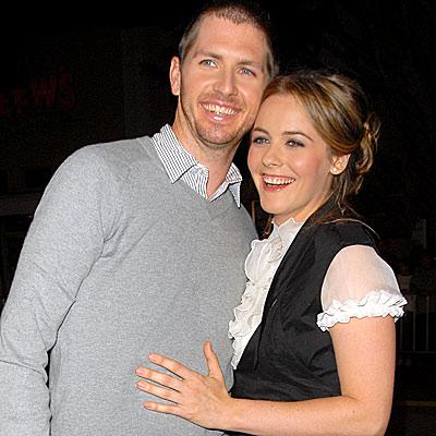 Alicia Silverstone también está embarazada ~ cotibluemos