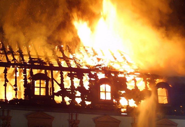 Cuando llega el verano, los bomberos tienen que hacer frente a los incendios