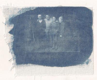 Bouts de chiffons impression cyanotype sur tissus - Imprimer photo sur tissu ...