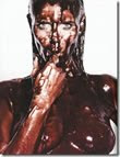 Heidi Klum nua coberta de chocolate