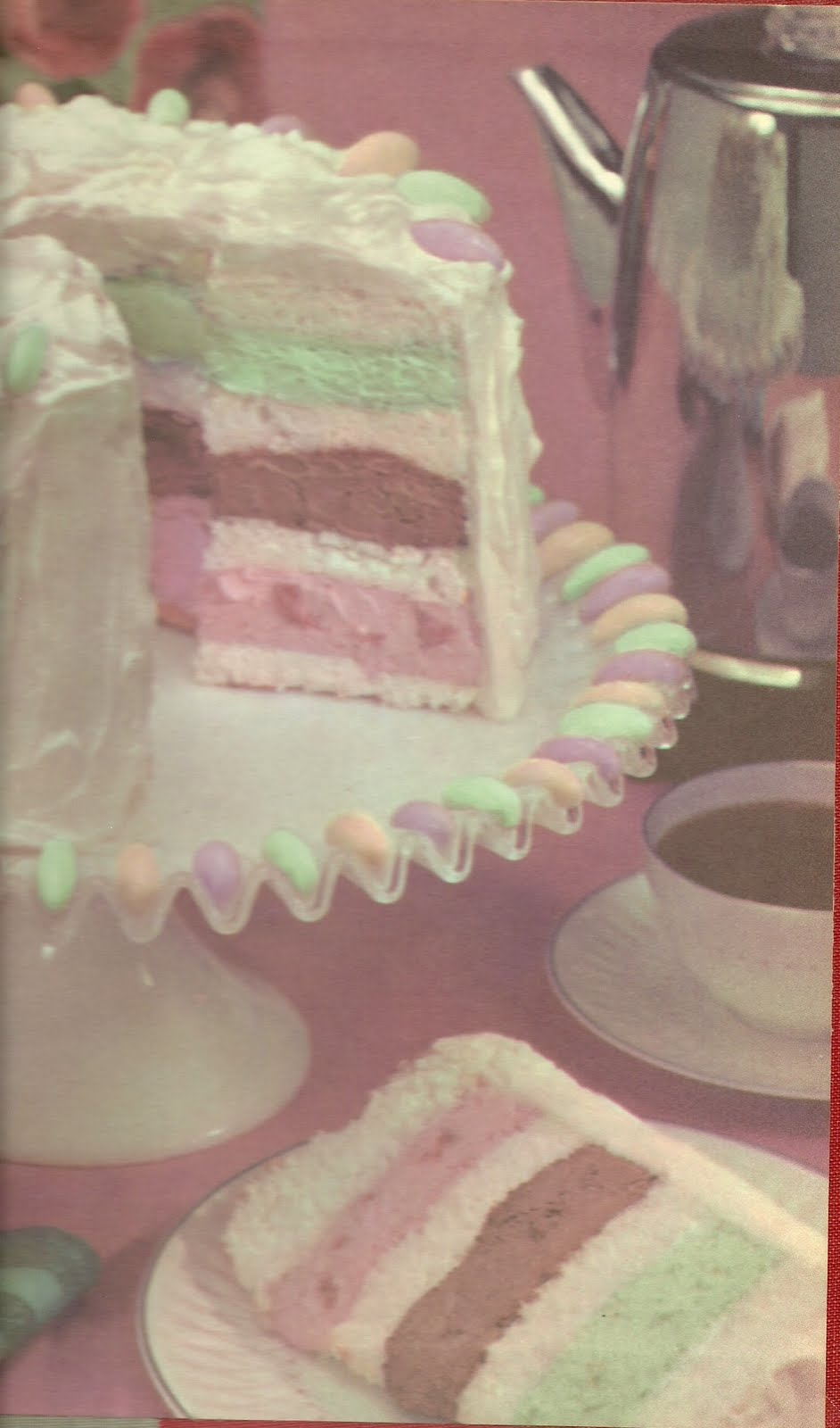 how to cut ice cream cake