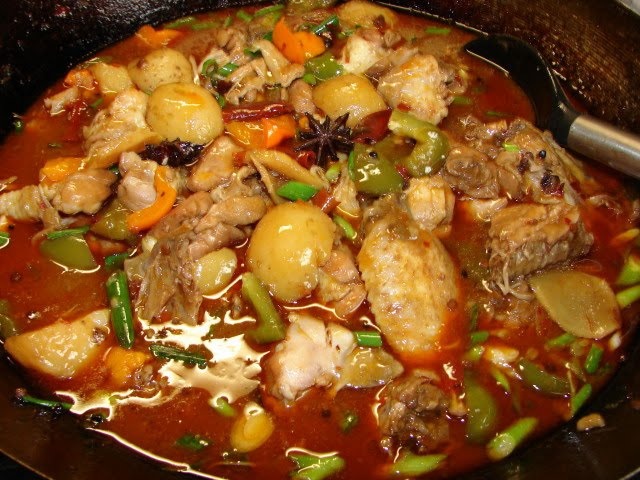 Sunflower food galore xinjiang chicken stew here is a big wokful of this stew colourful and spicy nicely flavoured too forumfinder Image collections