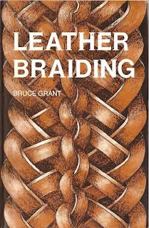 libro de artesanía en cuero  a mano