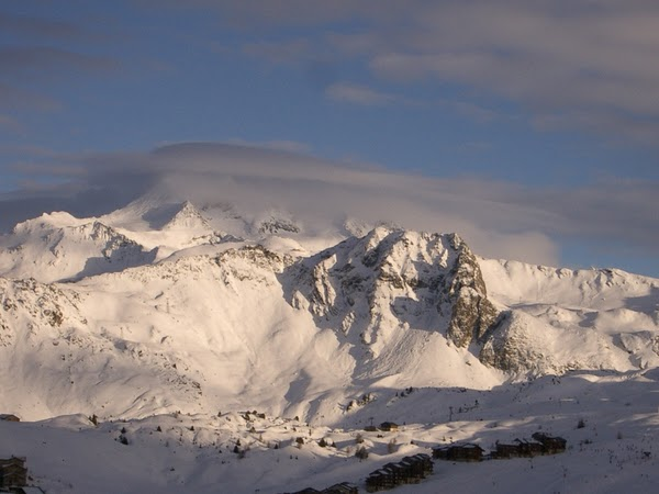 FRANCE - The Alps in Winter. / @JDumas