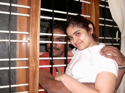 south indian mallu serial actor Sajitha betti  showing bra and naked image gallery