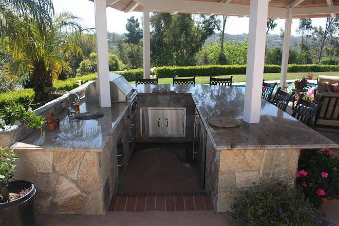 OUTDOOR KITCHEN, Designed &amp; Built By Carl