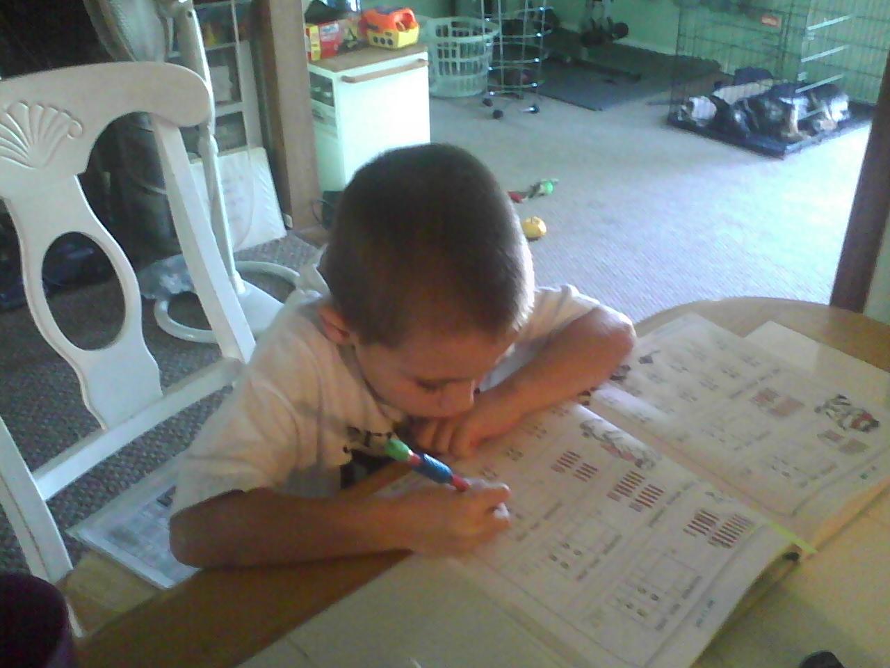 http://1.bp.blogspot.com/_tLpLweZypXQ/TSedqxagPmI/AAAAAAAABkg/HpvHpc9r1Dc/s1600/Ian%2BSchoolwork.jpg