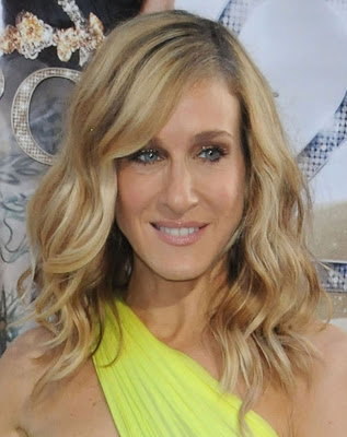 Parker+Medium+Wavy+Cut Sarah Jessica Parker Medium Length Hairstyles