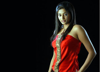 Priyamani+wallpaper