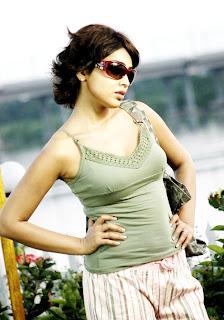 Shriya+sexy