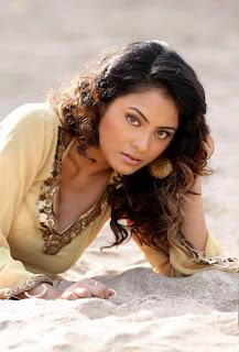 Actress+Meenakshi