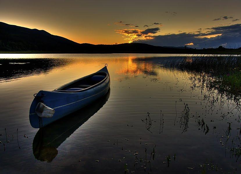 слушать музыку плывущей лодки
