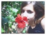 """"""" Se soubesses como gosto do teu  jeito, teu cheiro de flor"""""""