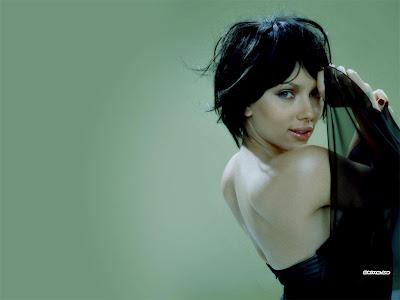 Hot Scarlett Johansson Wallpapers