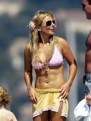 Geri Halliwell Showing Her Bikini Bod