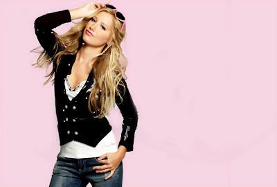 Ashley Tisdale &#8211; Puerco Espin Fall 2009 Catalog photos