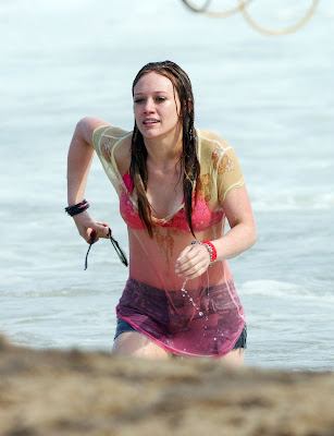 Hilary Duff Bikini Pics hots sexy pictures