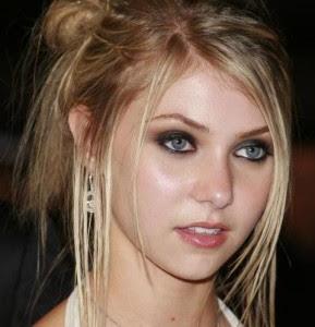 Taylor Momsen Beautiful hots images