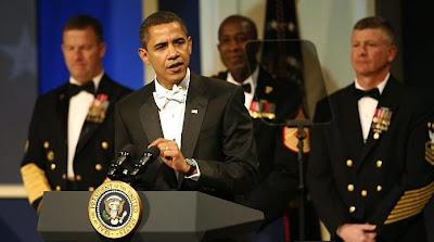 barack obama discursando em sua posse como presidente dos Estados Unidos