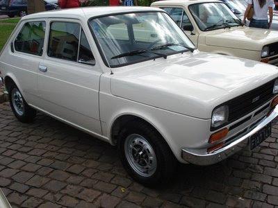 Fiat 147 bege