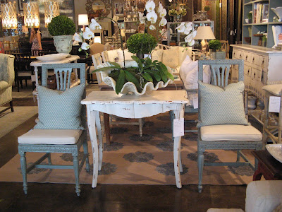 Willow Decor Home And Garden Hosts Suzanne Kasler - Aidan gray dining table