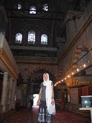 Me inside the Yeni Cami Mosque