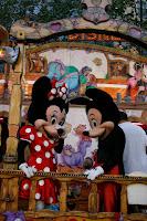 Mickey y Minie en las fiestas del barrio de Gràcia en Barcelona!!