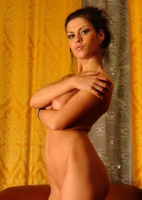 ... Nude bar dancer, House wife escorts, Night Copanion in Dubai, Escort, ...