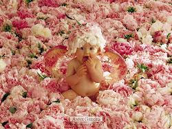 A vida é uma criança que é preciso embalar até que adormeça.