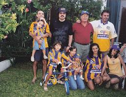 Mi Familia Canaya