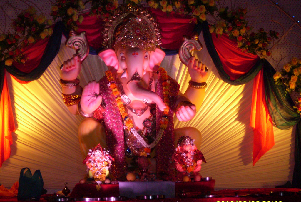 Hd wallpapers hindu god free images photo download for Background decoration for ganpati