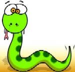 Seekor ular hijau, lidahnya terjelir.