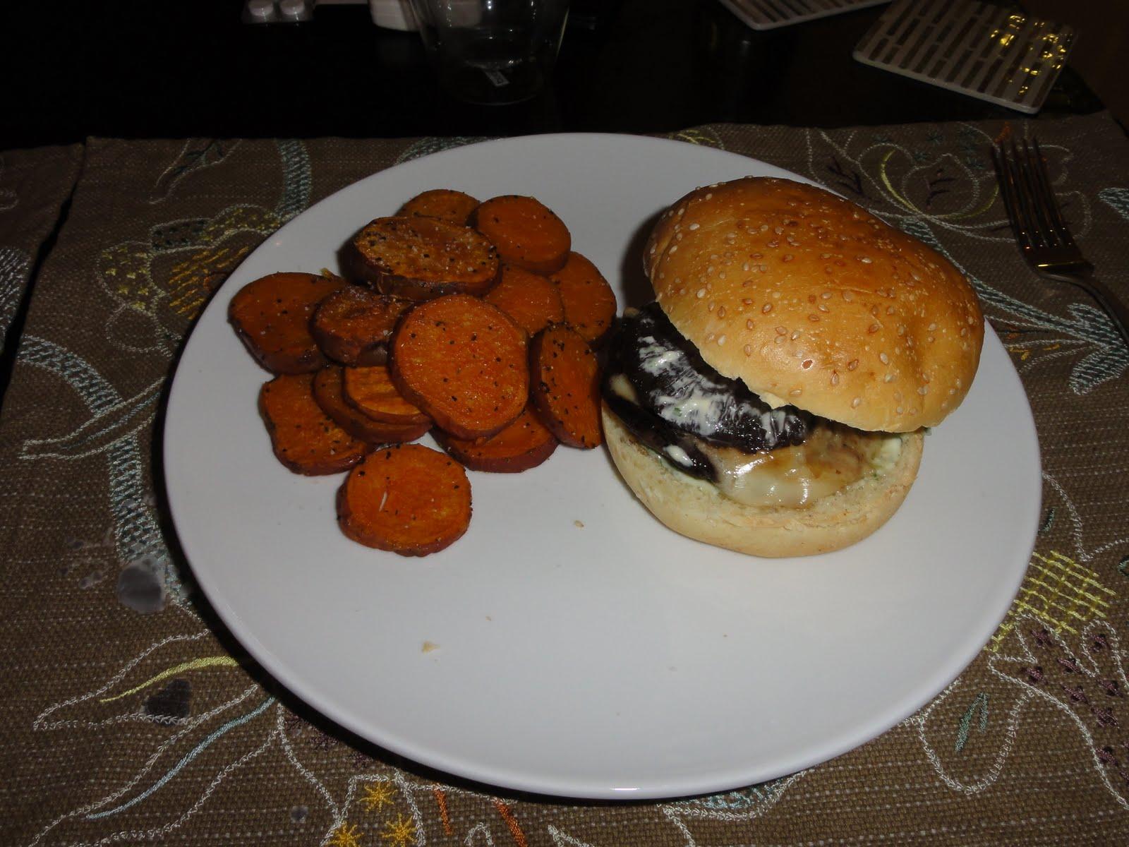 Christina's Life: Portobello Prosciutto Burger!!!